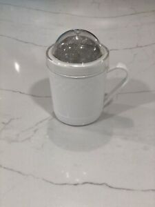 Pampered Chef Flour Sugar Shaker #1695 Retired