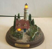 Thomas Kinkade Seaside Memories Clearing Storms Lighthouse Figure Light Up