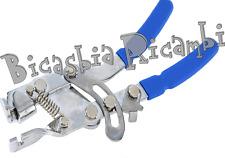 5749 - ATTREZZO PINZA TIRA FILO CAVO CAMBIO FRIZIONE GAS VESPA 50 125 150 200