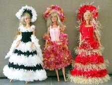 3 robes longues pour barbiee princesse chapeau boa  uniques  made in France 💐