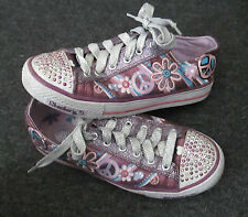 SKECHERS Medium Freizeiten Turnschuhe/sneakers für Mädchen mit Schnürsenkel