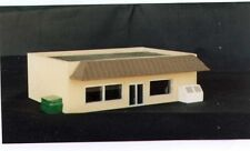 CONVENIENCE STORE - Z-101 - Z Scale by Randy Brown