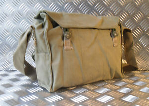 Genuine Army, Vintage Gas Bag. Side / Shoulder / Messenger Bag - G1