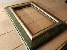 Cadre classique bois, vert essuyé ,profil mouluré,aspect vieilli ,27 x 16 cm 3M