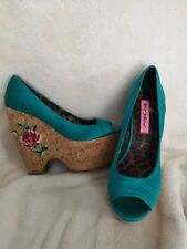Betsey Johnson Teal Satin Wedge Heels Peep Toe Shoe Women 9~ Pin Up Gothic punk