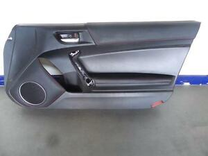 TOYOTA 86 GTS R/H FRONT DOOR TRIM LEATHER