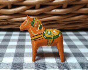 Tiny vintage 4cm Akta Dalahemslojd Swedish Dala Horse orange