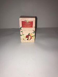 Vtg RARE Victorias Secret English Harvest Apple Rapture Crystalline Soap 3.5 oz