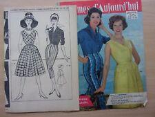 patron couture /VINTAGE /PANTALON CORSAIRE et ROBE/  pour femme / REF. 738