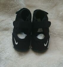 Baby Unisex Trainers Nike Air Rift Size Infant 5.5 Black-White