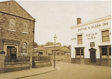 West Midlands Postcard - Bottle & Glass Inn and Chapel - Dudley - Ref A8318