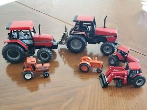 ERTL Case Diecast Tractor Lot International of 6 Pieces Vehicles