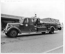 Stoneham Fire Dept ladder truck Stoneham, MA Orig 8 x10 B/W Photo B245