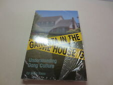 Gangsta in the House Understanding Gang Culture by Mike Knox  Momentum Books NEW