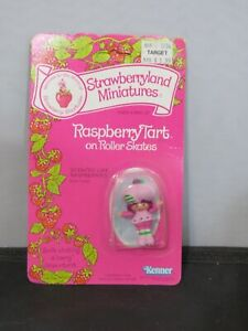 Vintage Strawberry Shortcake Strawberryland Miniature Mini Moc Raspberry Skates