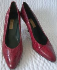 Vintage Gucci Red Crocodile Classic Pumps Shoes Size 39 1/2 AA