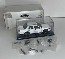 Classic Metal Works 1:24 Scale WHITE UNMARKED 1999 Ford Police Interceptor – NEW