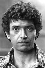 Martin Shaw As Doyle In The Professionals 11x17 Mini Poster