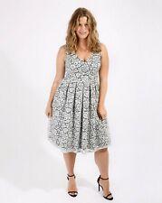 Vestido de encaje Lovedrobe tamaño de Reino Unido 12 BNIP