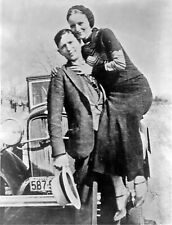 Bonnie and Clyde 8x10 photo 1933 Bank Robbers