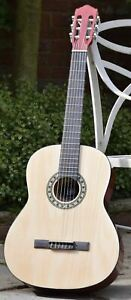 175.550 | Classical Guitar | 4/4 | Full Size