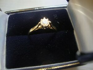 Vintage 18ct Yellow Gold 0.25 Carat Diamond Solitaire Engagement Ring ~ Size J