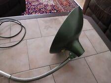 alte Schreibtischlampe / grün