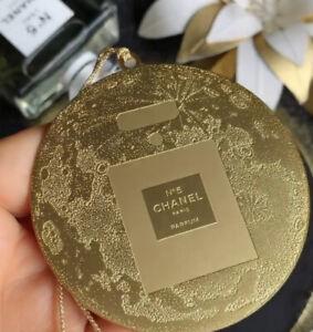 Chanel No 5 Luxury Gold Charm Accessory Ornament 2021 Brand New VIP