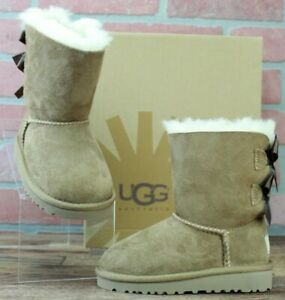 *UGG KIDS K BAILEY BOW BOOTS, 3280T/CHESTNUT, TODDLER, Size EUR 25/US 8, NEW