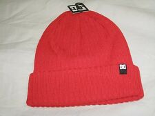 BNWT - DC SHOES  Ribbed Beanie Hat  Red