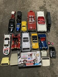 Mixed Lot of Diecast Cars for Parts or Repair **Different Sizes** Must see!!