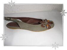 Magnifiques Chaussures Plates  Fantaisies kaki Marron Les P'tites Bombes P 36