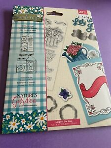 NATURES GARDEN FARMHOUSE COLLECTION LET LOVE GROW STAMP AND DIE SET.