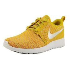 Calzado de mujer amarillo Nike