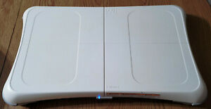 Wii Fit Balance Board Nintendo Exercise Fitness Controller BOARD AND DISC ONLY!!