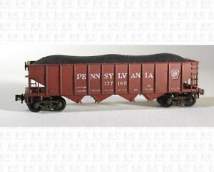 Roundhouse (?) N 4 Bay Hopper Car Pennsylvania Railroad