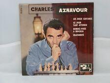 Charles Aznavour – Les Deux Guitares                   Barclay – 70 316