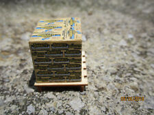 O scale pallet load of Quikrete sacks 1/48 Tn