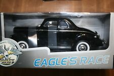 EAGLES RACE FORD DELUXE COUPE 1940 1/18