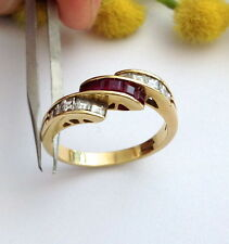 ANELLO IN ORO 18KT CON DIAMANTI E RUBINI -18KT SOLID GOLD DIAMONDS & RUBIES RING