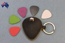 Guitar Pick Holder Keychain Design Plectrum Bag Pick Case + 5 Picks  NEW