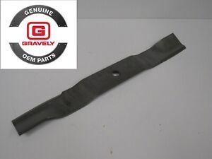"GENUINE OEM Ariens Gravely ZT IKON 18"" Mower Blade #04771200, Fast Shipping!"
