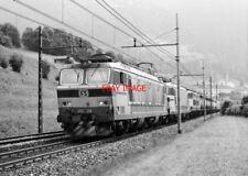 PHOTO  ITALY - FS LOCO NO E633 234 NEAR VIPITNO ITALY AUG 1987