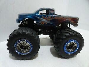 @@ Hot Wheels MONSTER JAM Illumintator SPECTRAFLAME!! @@