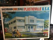 """BACHMANN O-S SCALE PLASTICVILLE U.S.A. """"HOSPITAL"""" #1919 NEW IN THE SHRINK WRAP!"""