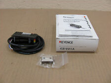 1 NIB KEYENCE CZ-V21A CZV21A RGB FIBER OPTIC SENSOR