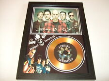 AVENGED SEVENFOLD   SIGNED   GOLD DISC  DISPLAY 81