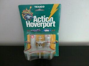 Back To The Future II Micro Action Hoverport Hovercars Set Texaco NEW FREE SHIP