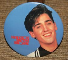 "NEW KIDS ON THE BLOCK VINTAGE 6"" BUTTON ""JONATHAN"" BLUE BACKGROUND NOS"