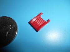 (B45) DINKY TOYS 508 DAF SIEGE PLASTIQUE ROUGE (teinté dans la masse)